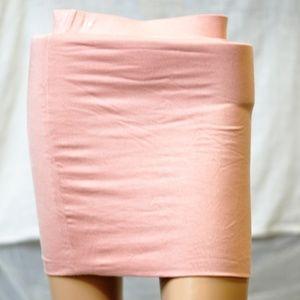 Dresses & Skirts - Cute Pink Very Comfy Mini Skirt